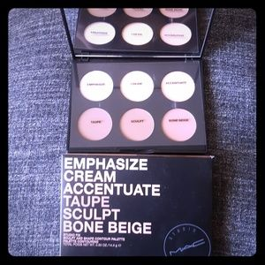 MAC studio fix contour palette